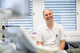 Jens Mundhenk lacht in die Kamera